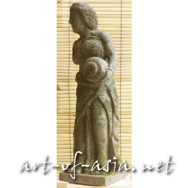 Bild 2 - Balinesische Frau, stehend, 067cm, schwarzer Lavastein