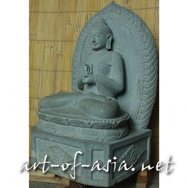 Bild 2 - Buddha, sitzend, 100cm, Flußstein, Radandrehungsgeste, mit Aureole, mit Sockel
